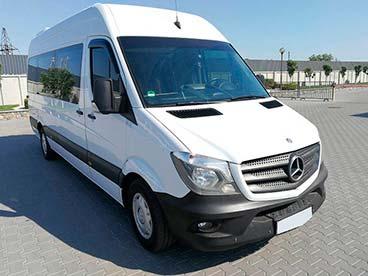 Mercedes sprinter van rental in kiev luxury sprinter van for Mercedes benz van rental